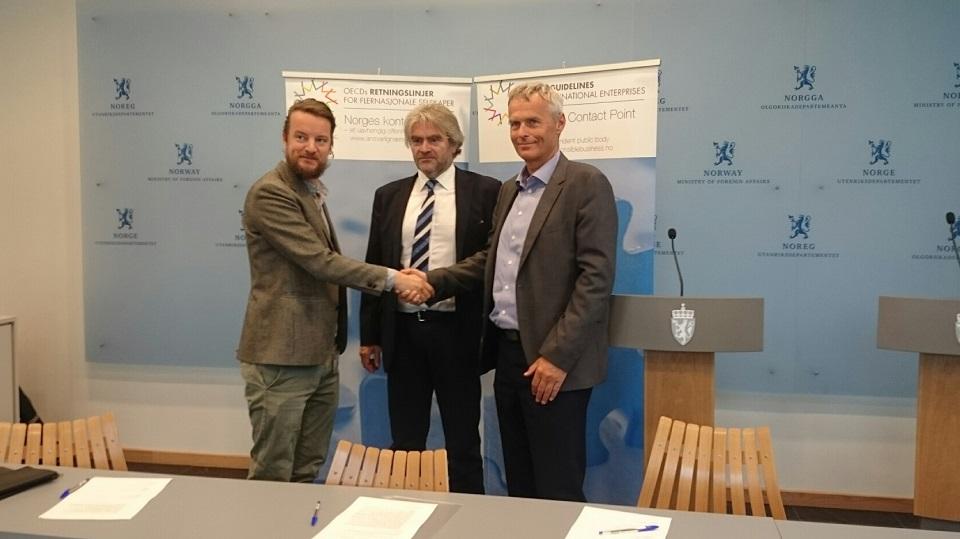 Tysdag 23. juni 2015 skreiv leiar for kontaktpunktet Ola Mestad, dagleg leiar i Fivas Jonas Holmqvist og direktør i Norconsult Per Kristian Jacobsen formelt under slutterklæringa.