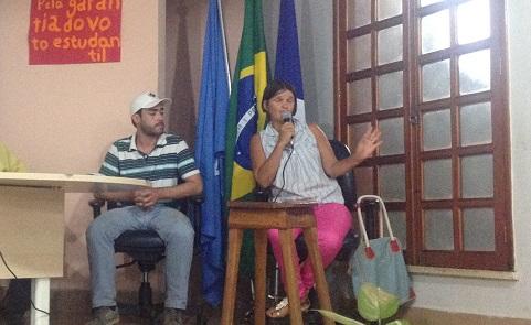 Nicinha på eit lanseringsseminar på Universitetet i Rondonia i august 2015, foto: Tora Systad Tyssen